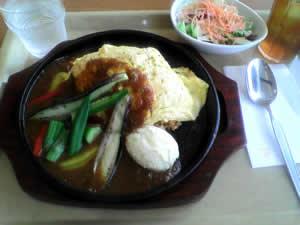 夏野菜カレーオムライス
