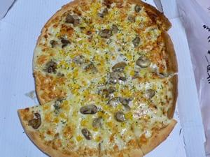 グラタンピザ