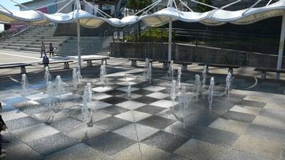 刈谷ハイウェイオアシスの噴水
