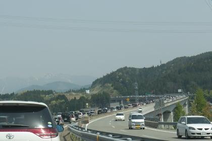 白鳥IC付近の渋滞