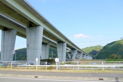 藁科川橋の写真