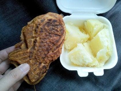たい焼きとジャがバターの写真