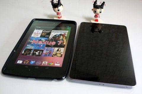 Nexus 7とTPUケースの写真