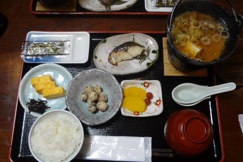 白山里の朝ご飯の写真