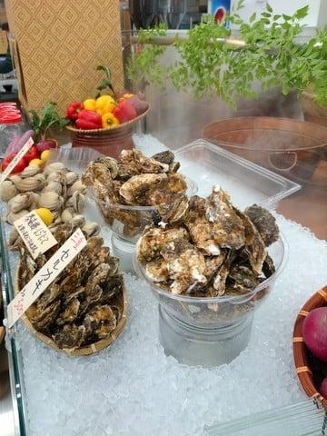 魚太郎亭の牡蠣の写真