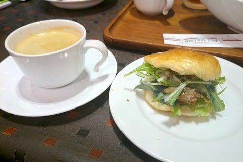 食後のコーヒーの写真