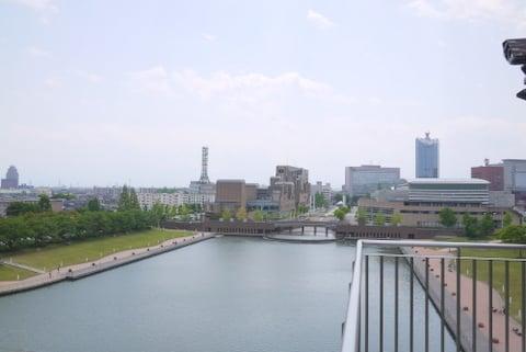 富岩運河環水公園の風景の写真