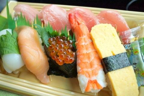 中トロ寿司の写真