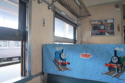 トーマス号の客車の写真
