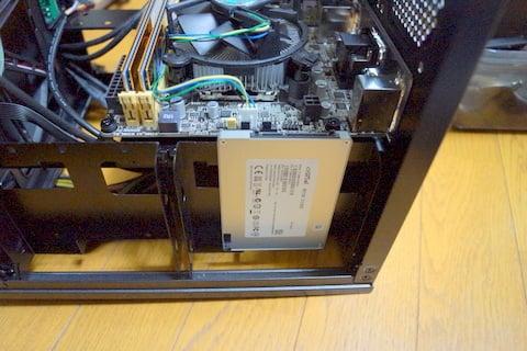 SSDの取付の写真