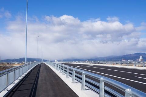 大安大橋の歩道の写真