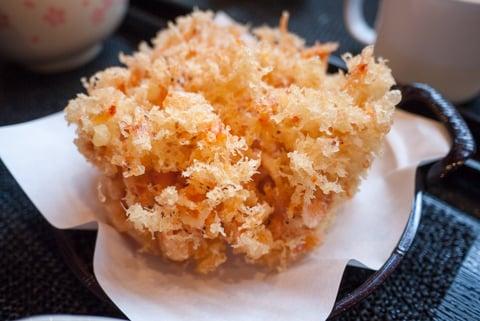 桜えびのかき揚げの写真