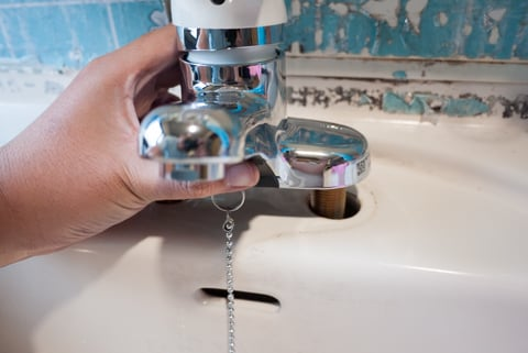 新しい水栓の写真