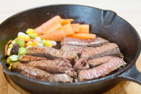 黒毛和牛のステーキの写真